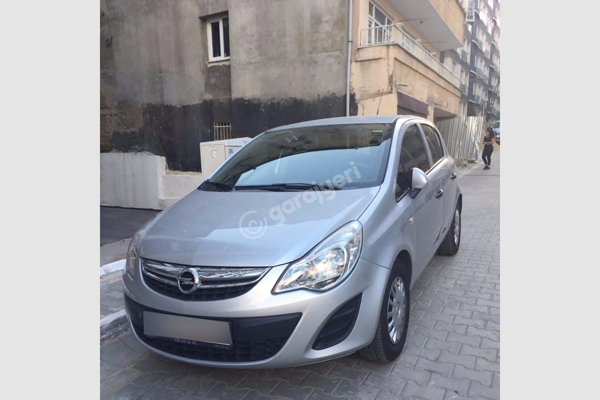Opel Corsa Şişli Kiralık Araç 3. Fotoğraf