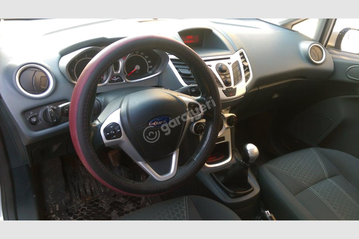 Ford Fiesta Gölcük Kiralık Araç 6. Fotoğraf