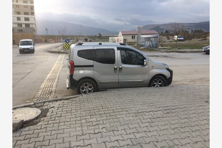 Kiralık Peugeot Bipper , İzmir Konak