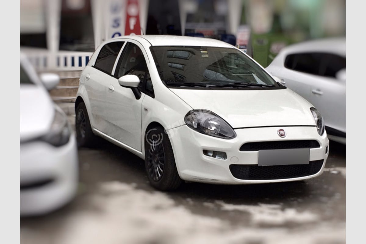 Fiat Punto Pendik Kiralık Araç 7. Fotoğraf
