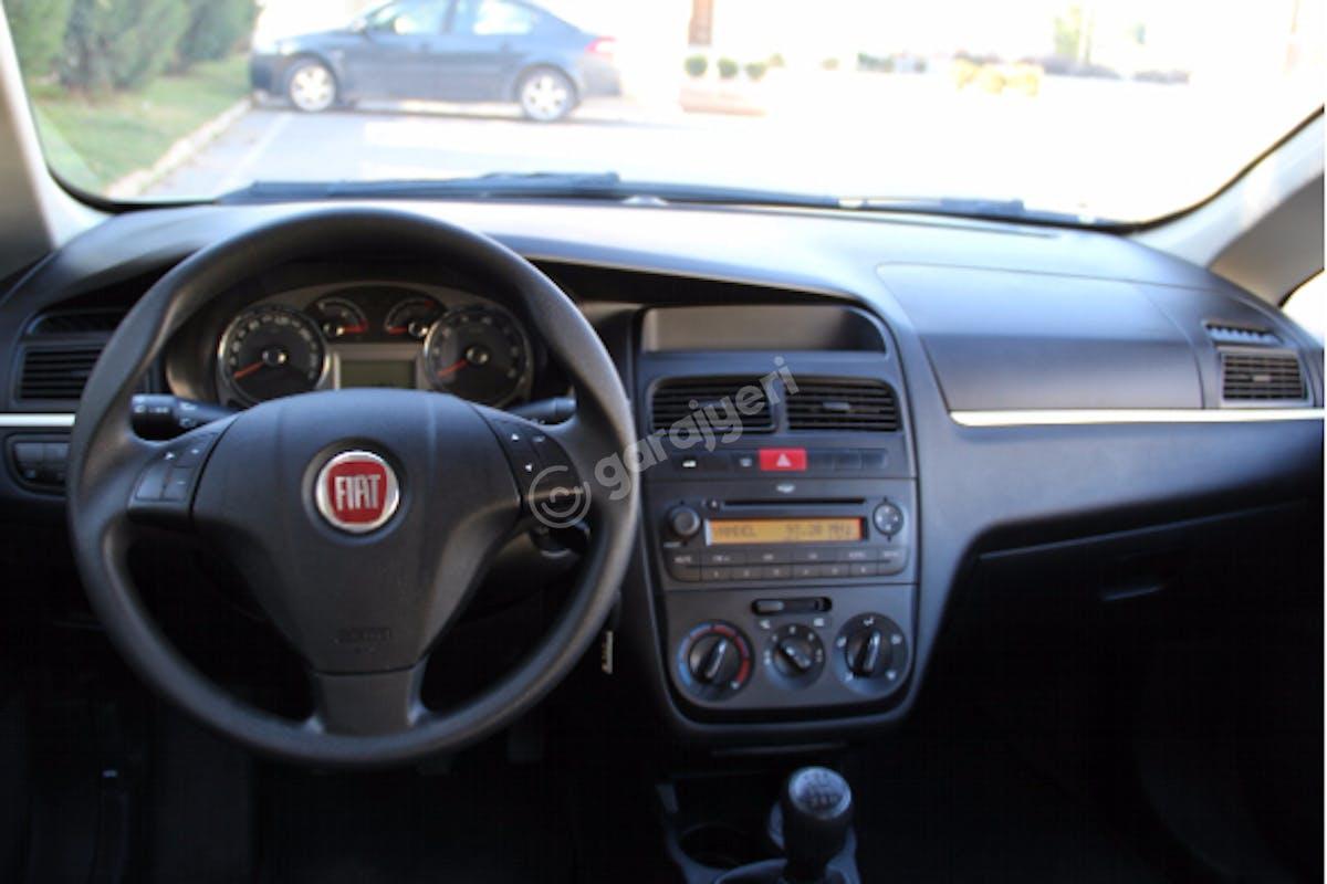 Fiat Linea Maltepe Kiralık Araç 8. Fotoğraf