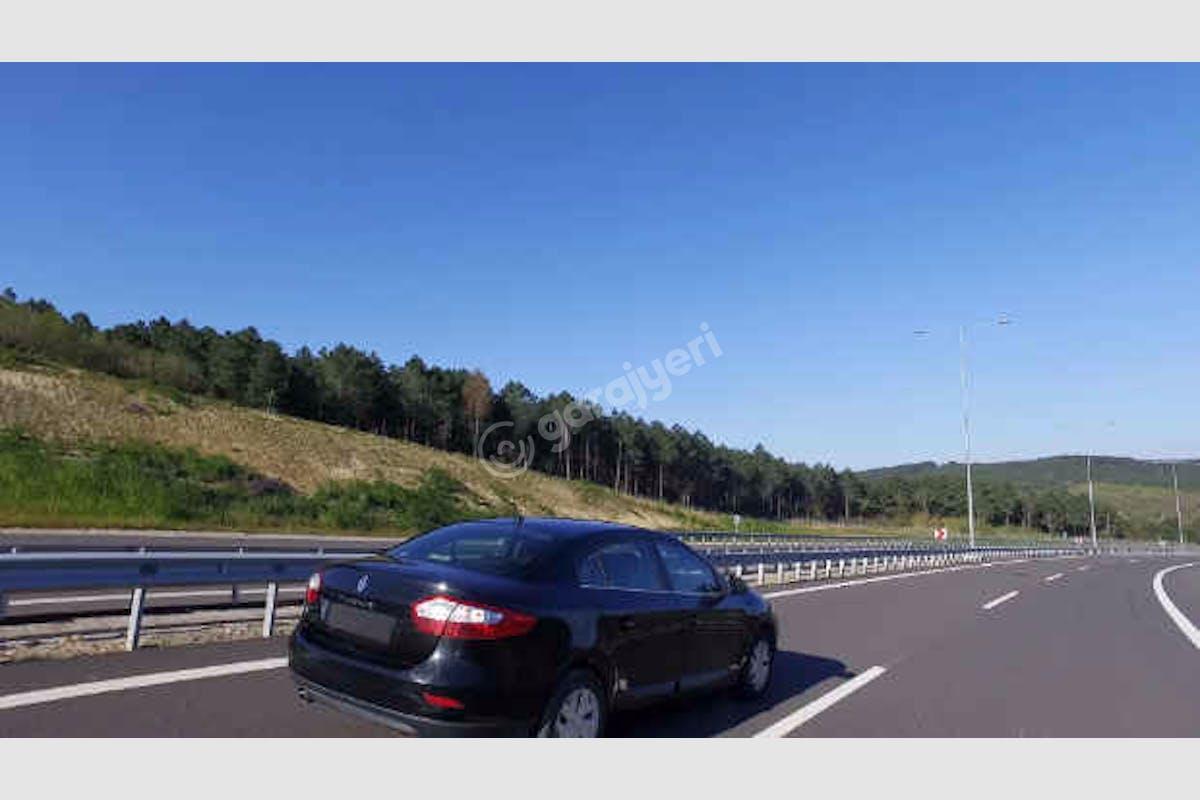 Renault Fluence Küçükçekmece Kiralık Araç 4. Fotoğraf