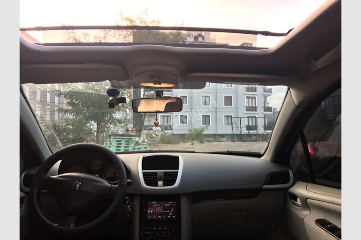Peugeot 207 Ümraniye Kiralık Araç 4. Fotoğraf