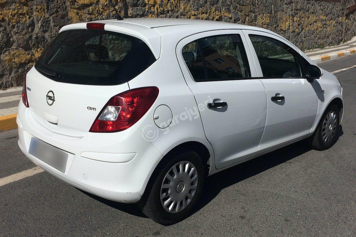 Opel Corsa Üsküdar Kiralık Araç 4. Fotoğraf