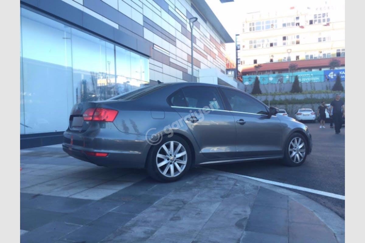 Volkswagen Jetta Bayrampaşa Kiralık Araç 3. Fotoğraf