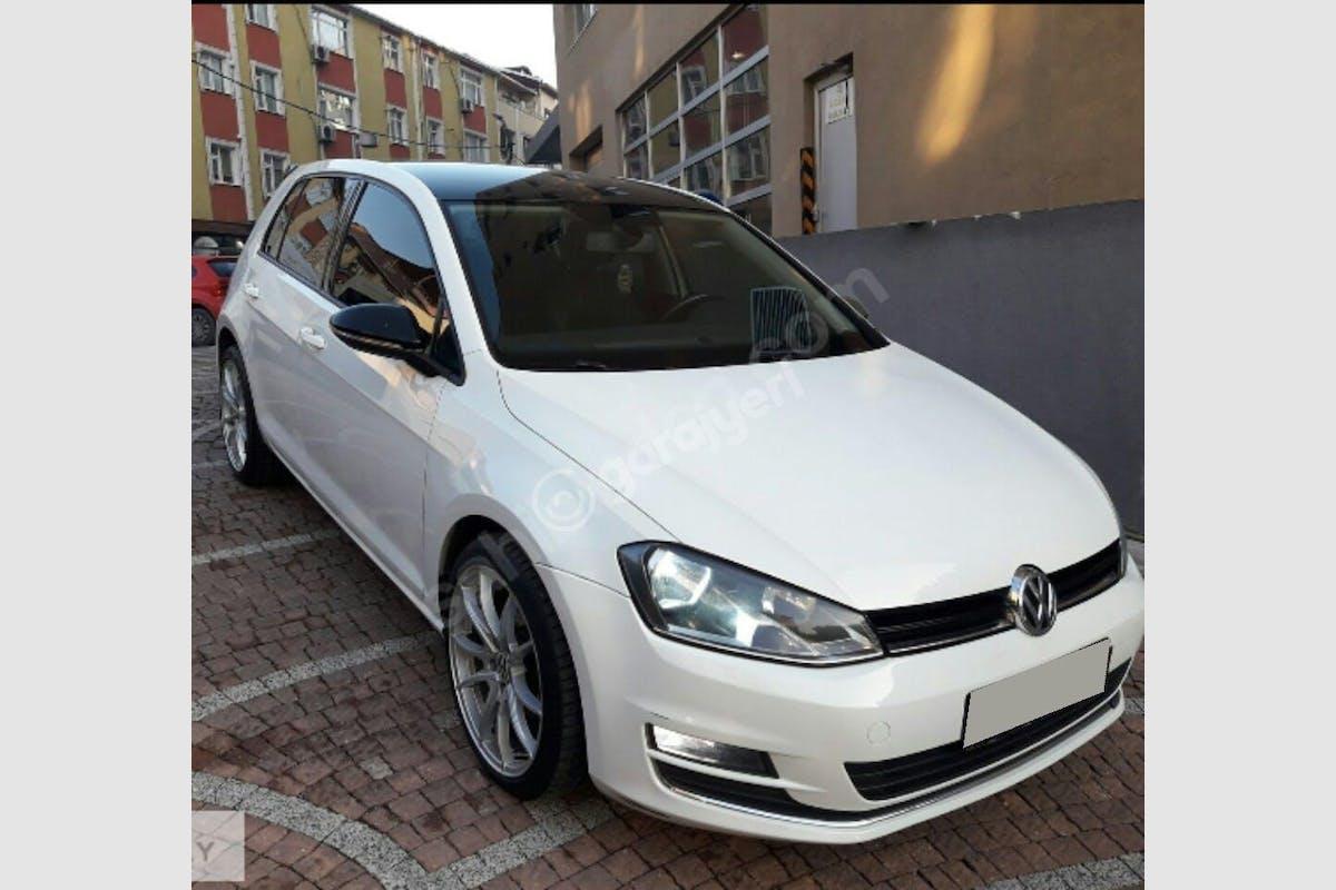 Volkswagen Golf Esenyurt Kiralık Araç 3. Fotoğraf
