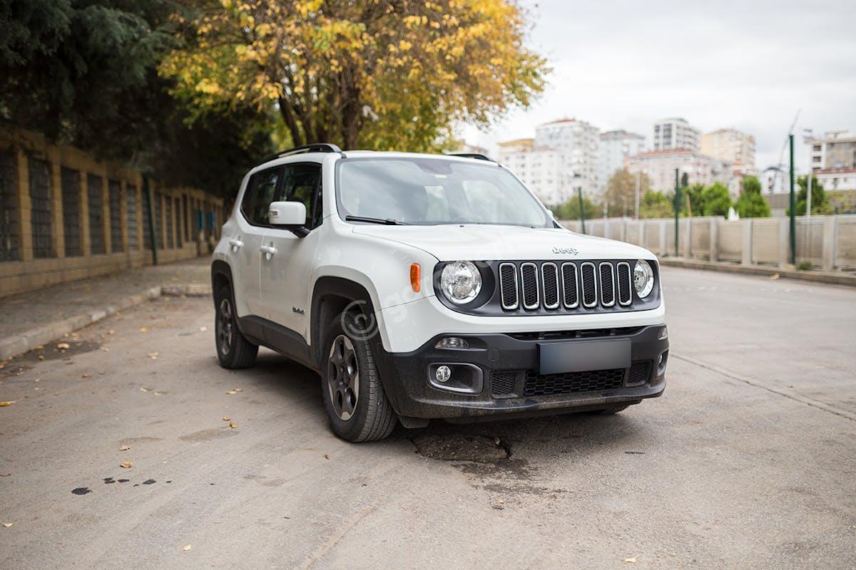 Jeep Renegade Kadıköy Kiralık Araç 2. Fotoğraf
