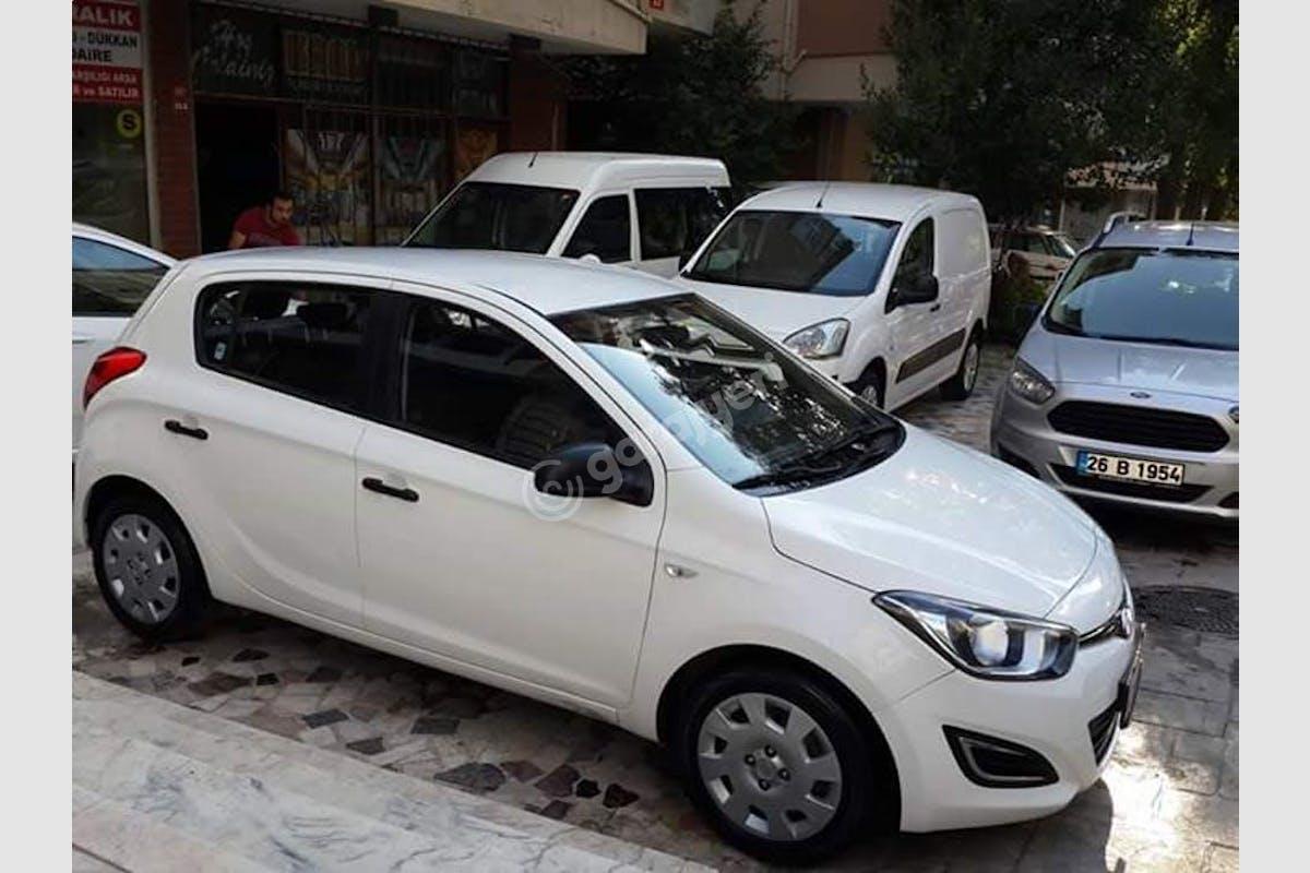 Hyundai i20 Sancaktepe Kiralık Araç 4. Fotoğraf