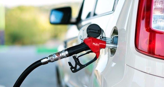 Benzinli araç Nasıl Az Yakar?