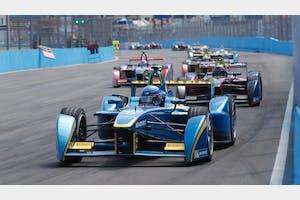 Çevreci Yarış Formula E ile Elektrikli Araçlar Yarışıyor