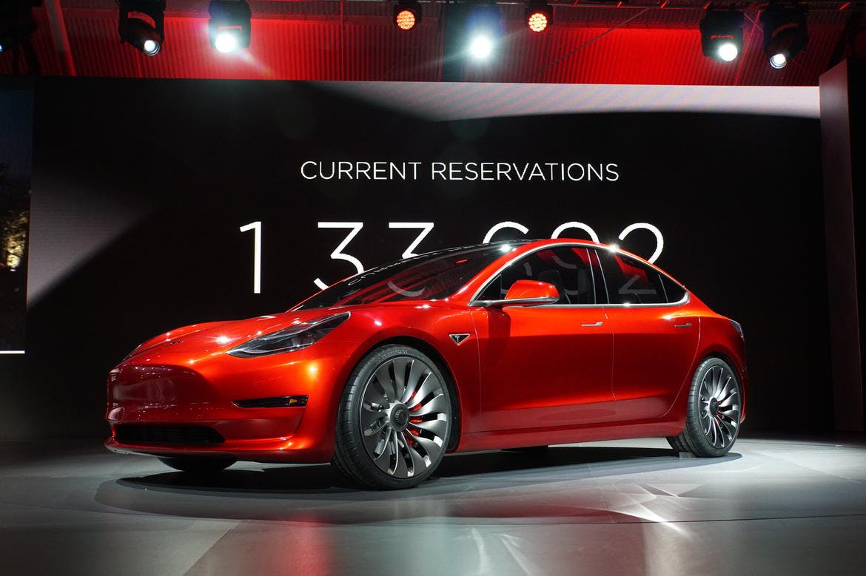Tesla 3'ün özellikleri belli oldu
