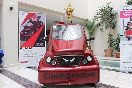Pamukkale Üniversitesi'nin Elektrikli Otomobiline Yerli Motor