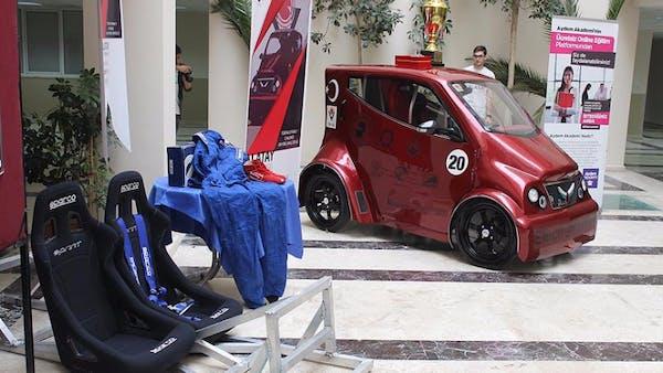 Pamukkale Üniversitesi'nin Elektrikli Otomobiline Yerli ...