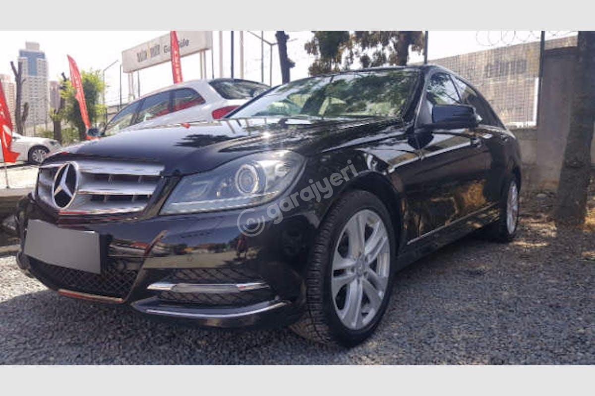 Mercedes - Benz C Ataşehir Kiralık Araç 3. Fotoğraf