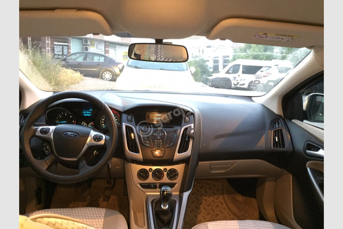 Ford Focus Sultangazi Kiralık Araç 2. Fotoğraf