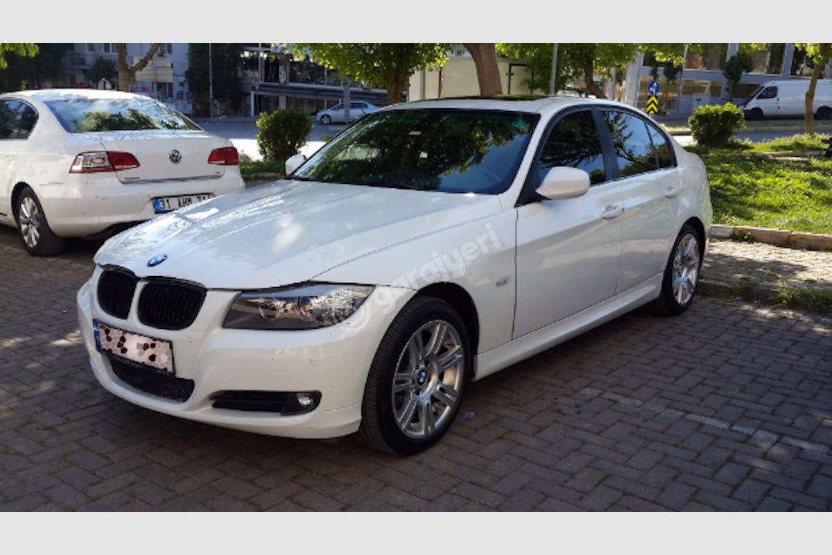 BMW 3 Buca Kiralık Araç 1. Fotoğraf