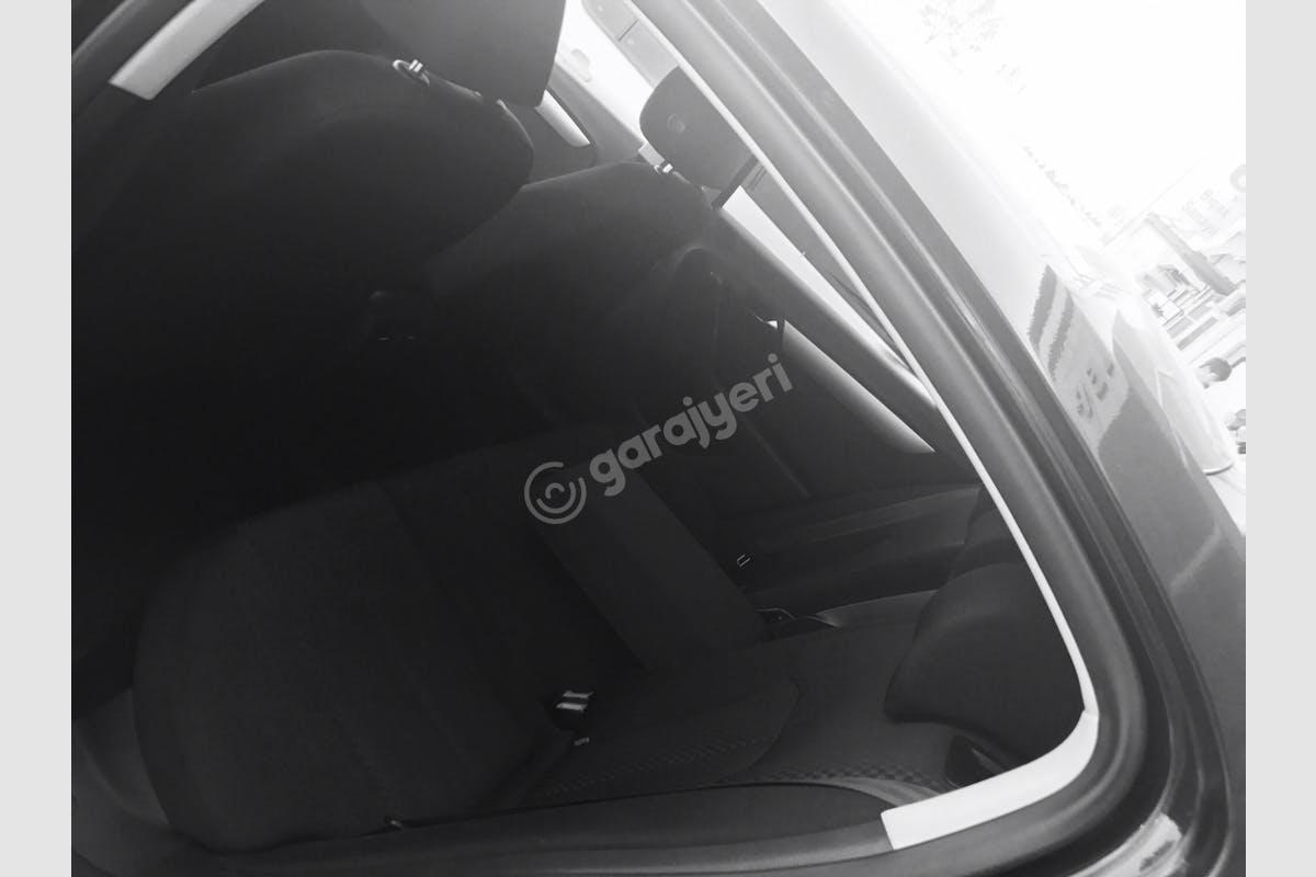 Volkswagen Passat Esenler Kiralık Araç 5. Fotoğraf