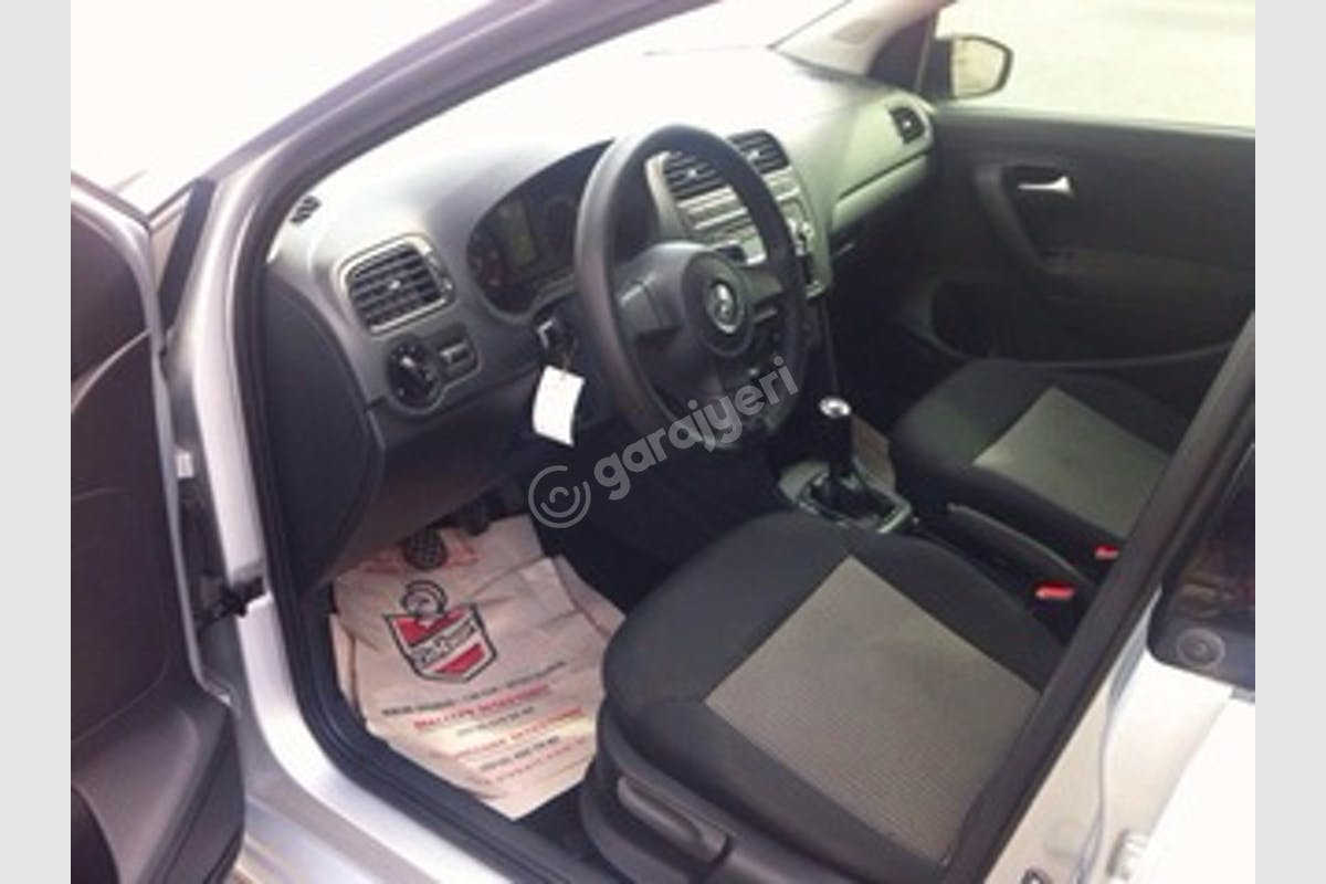 Volkswagen Polo Kartal Kiralık Araç 4. Fotoğraf