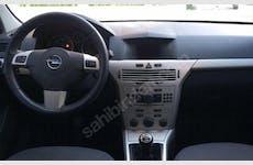 Opel Astra Başiskele Kiralık Araç 4. Thumbnail