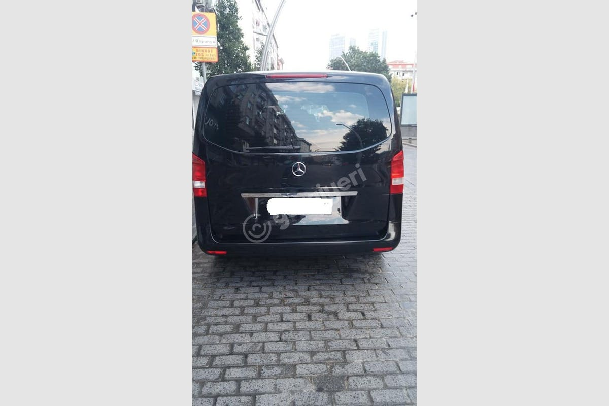 Mercedes - Benz Vito Zeytinburnu Kiralık Araç 4. Fotoğraf