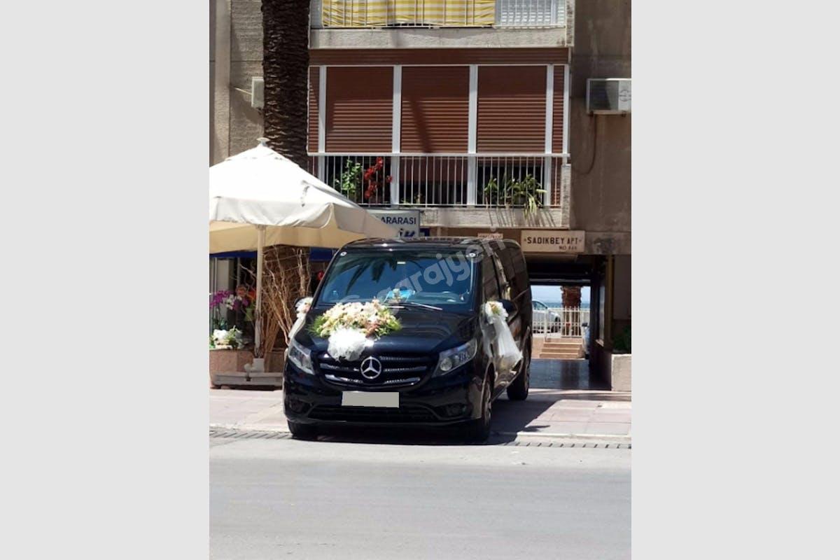 Mercedes - Benz Vito Güzelbahçe Kiralık Araç 3. Fotoğraf