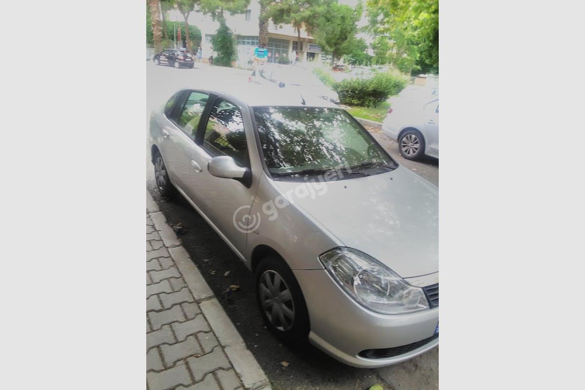 Renault Symbol Bayraklı Kiralık Araç 2. Fotoğraf