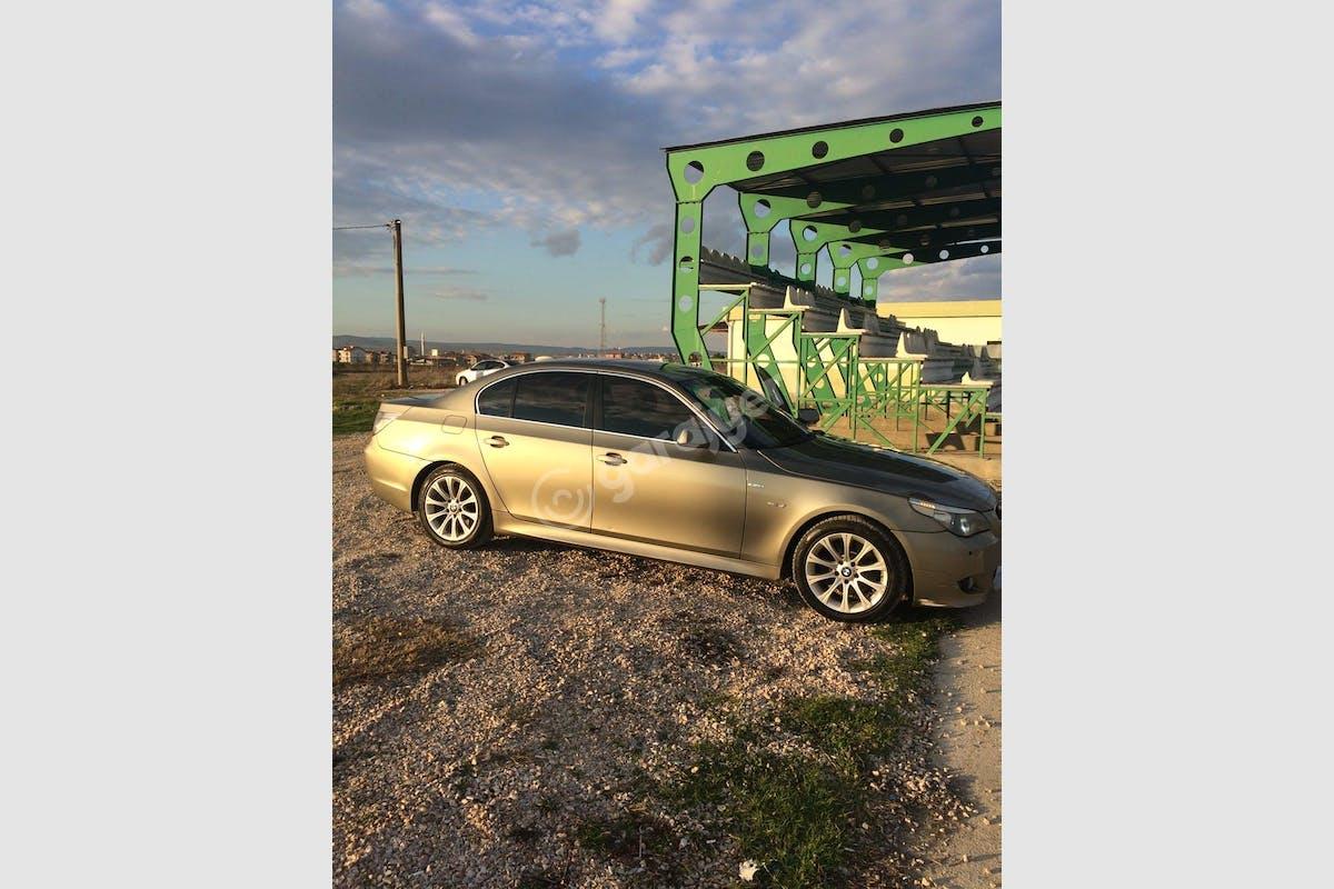 BMW 5 Gönen Kiralık Araç 2. Fotoğraf