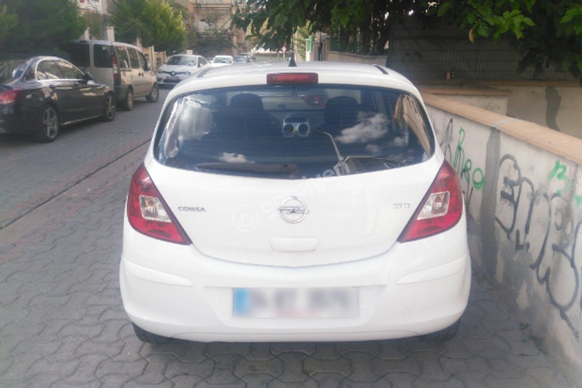 Opel Corsa Kadıköy Kiralık Araç 6. Fotoğraf