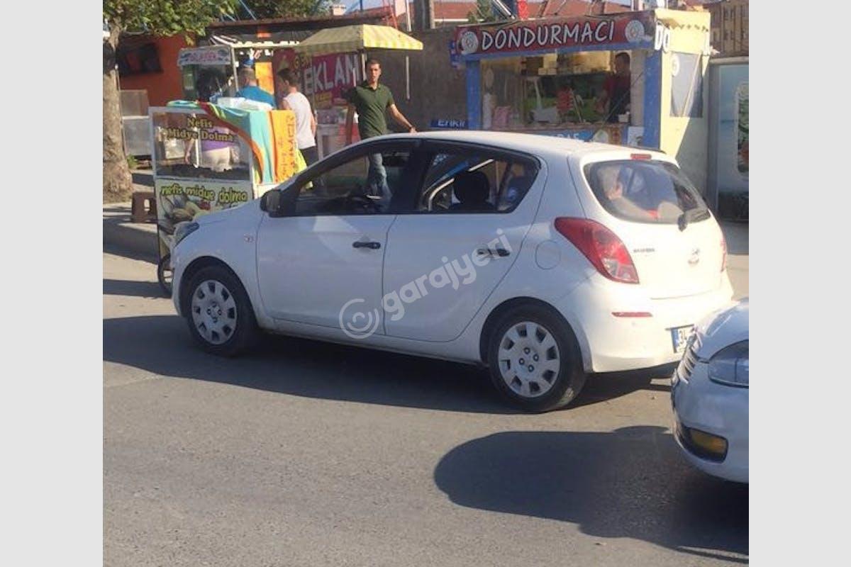 Hyundai i20 Üsküdar Kiralık Araç 2. Fotoğraf