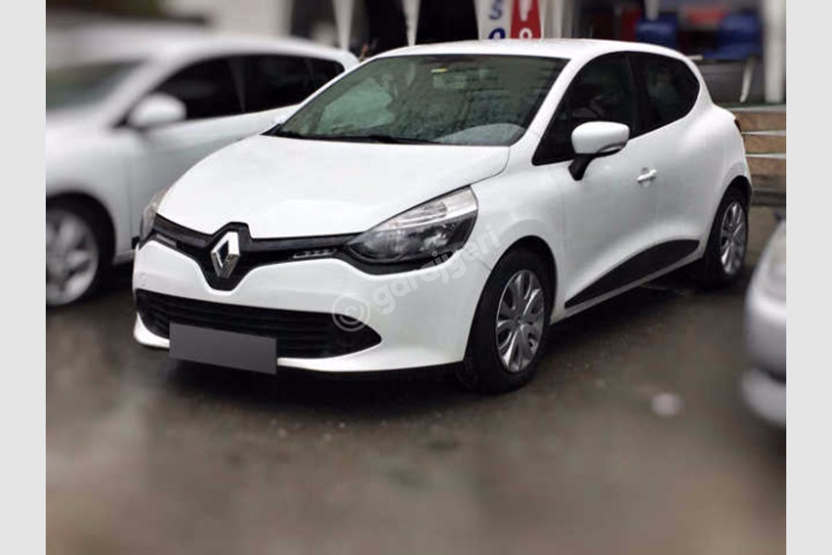 Renault Clio Kartal Kiralık Araç 1. Fotoğraf