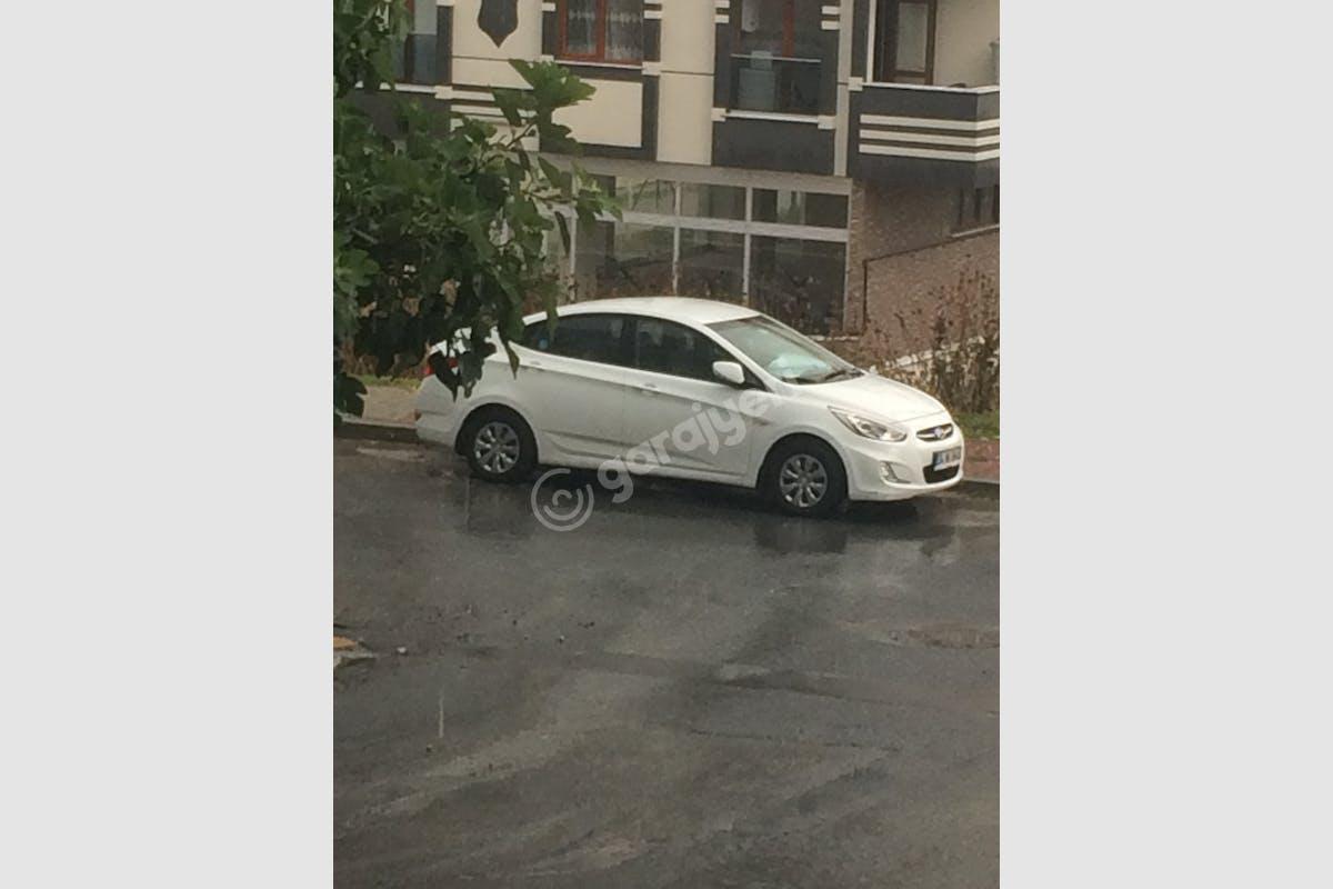 Hyundai Accent Blue Arnavutköy Kiralık Araç 2. Fotoğraf