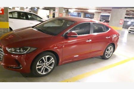 Hyundai Elantra İstanbul Sarıyer Kiralık Araç