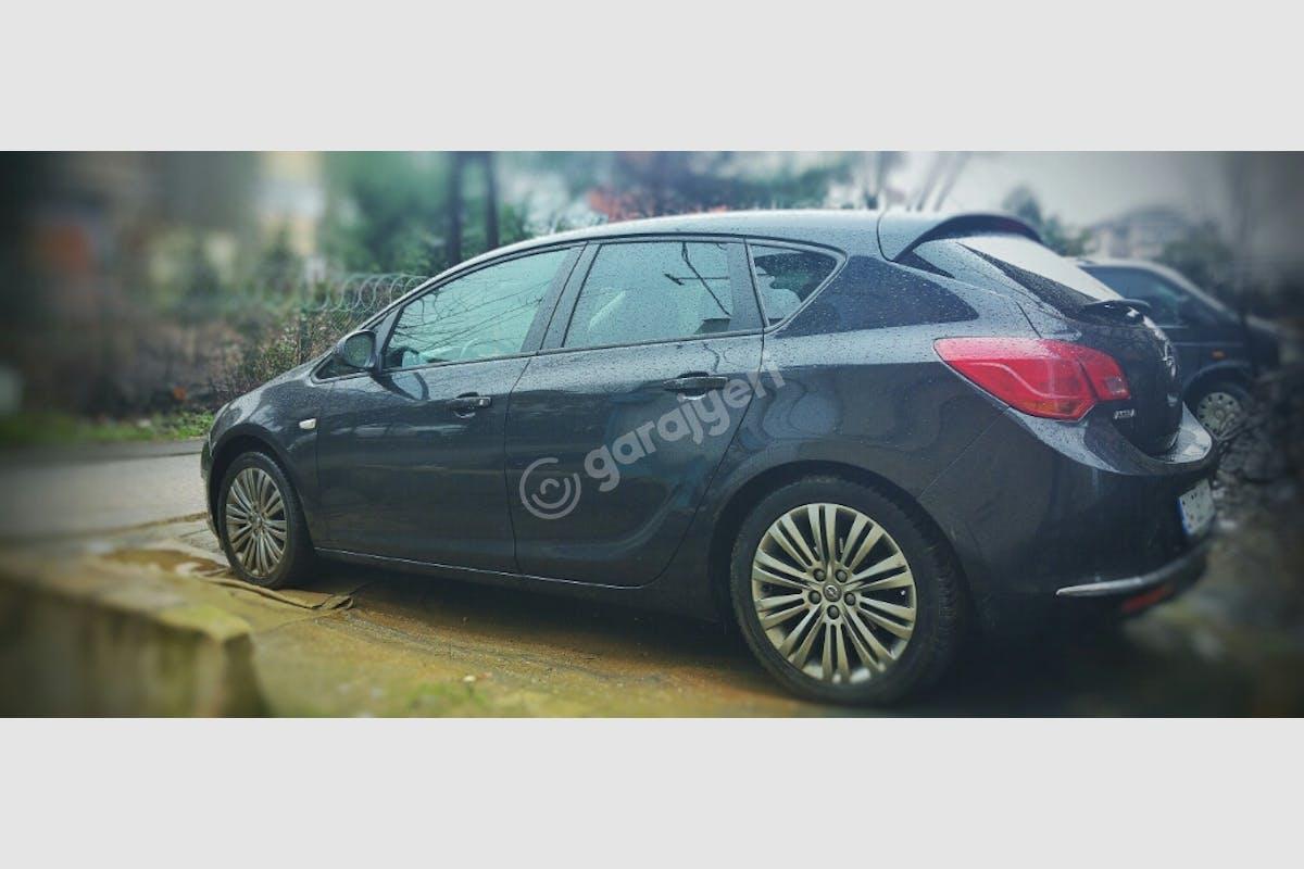 Opel Astra Beykoz Kiralık Araç 2. Fotoğraf