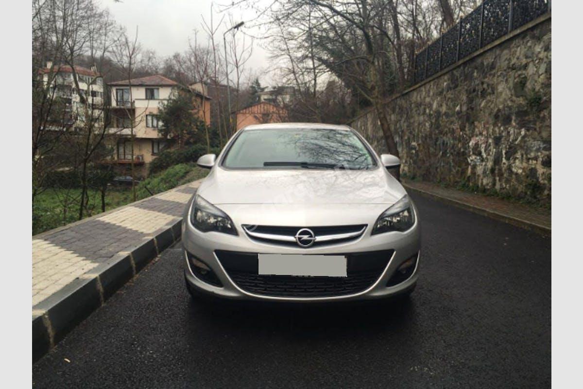 Opel Astra Sarıyer Kiralık Araç 6. Fotoğraf