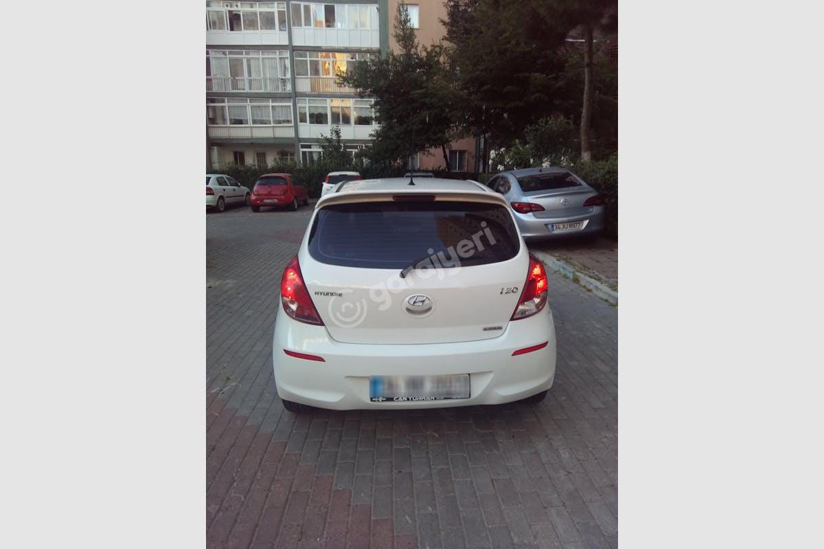 Hyundai i20 Beylikdüzü Kiralık Araç 3. Fotoğraf