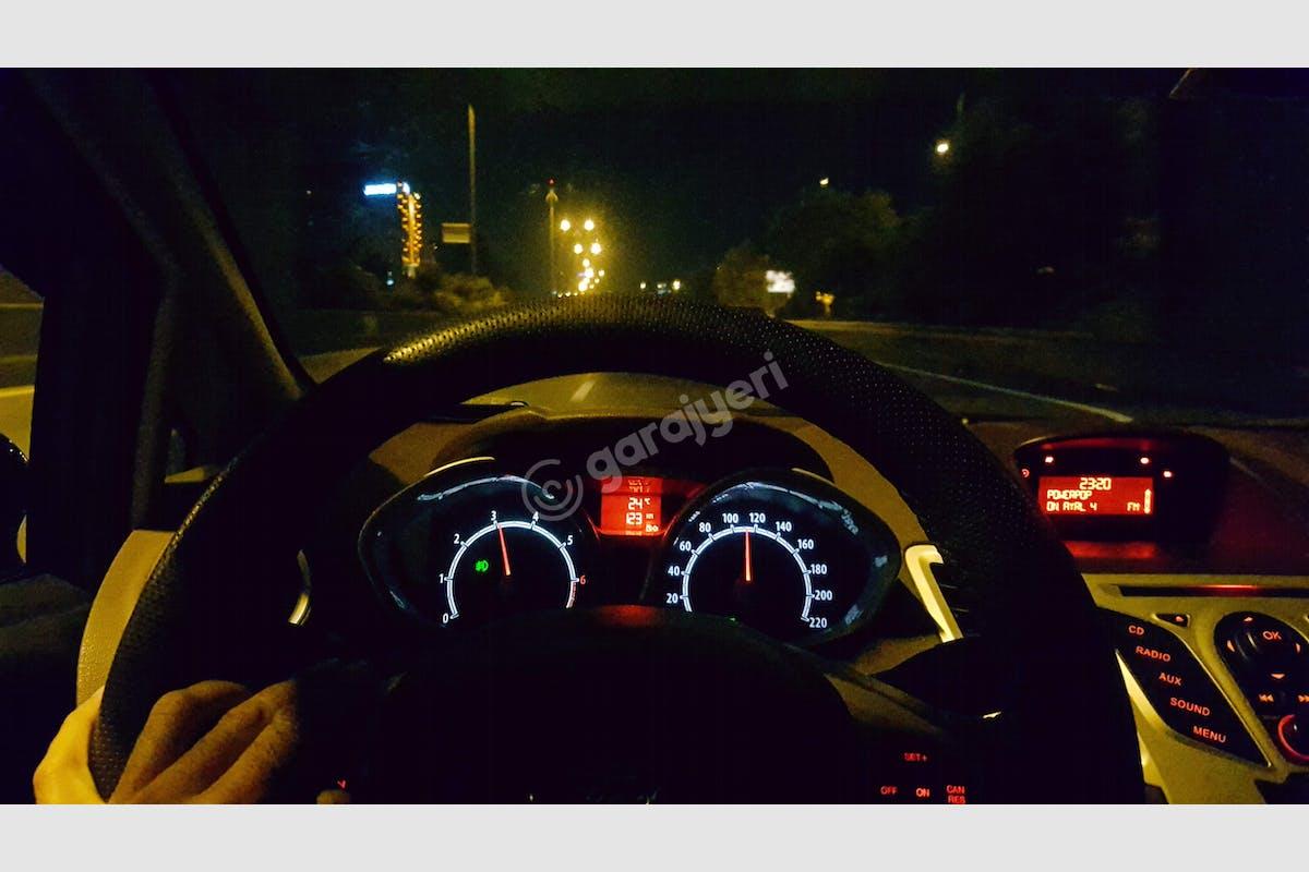 Ford Fiesta Zeytinburnu Kiralık Araç 8. Fotoğraf