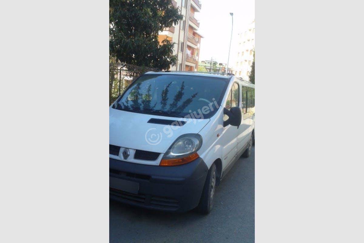 Renault Trafic Kartal Kiralık Araç 1. Fotoğraf