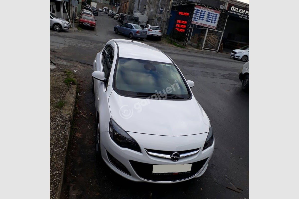 Opel Astra Beylikdüzü Kiralık Araç 1. Fotoğraf