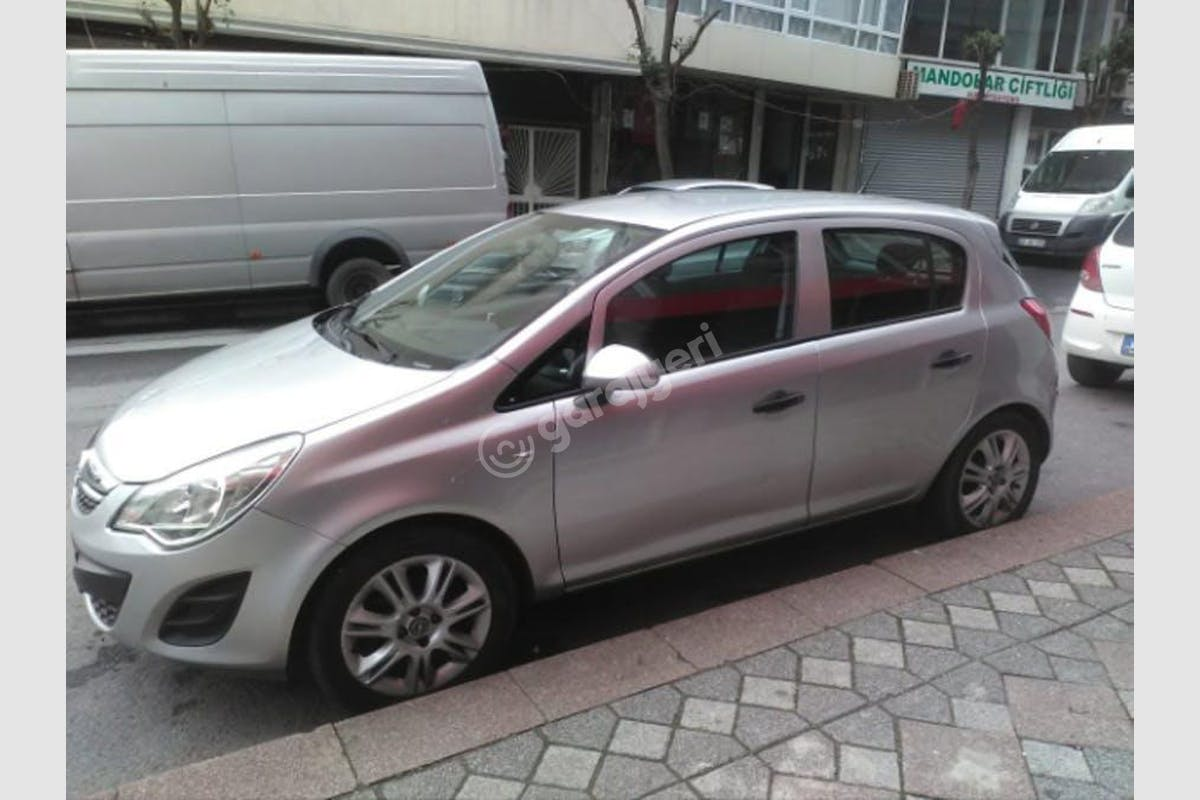 Opel Corsa Sarıyer Kiralık Araç 1. Fotoğraf
