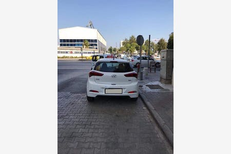 Kiralık Hyundai i20 , İzmir Karşıyaka