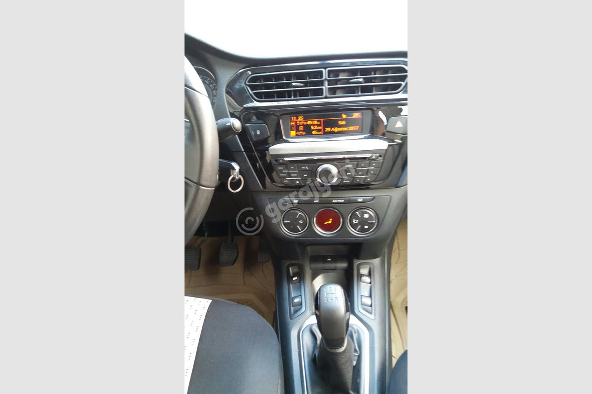 Peugeot 301 Bahçelievler Kiralık Araç 10. Fotoğraf