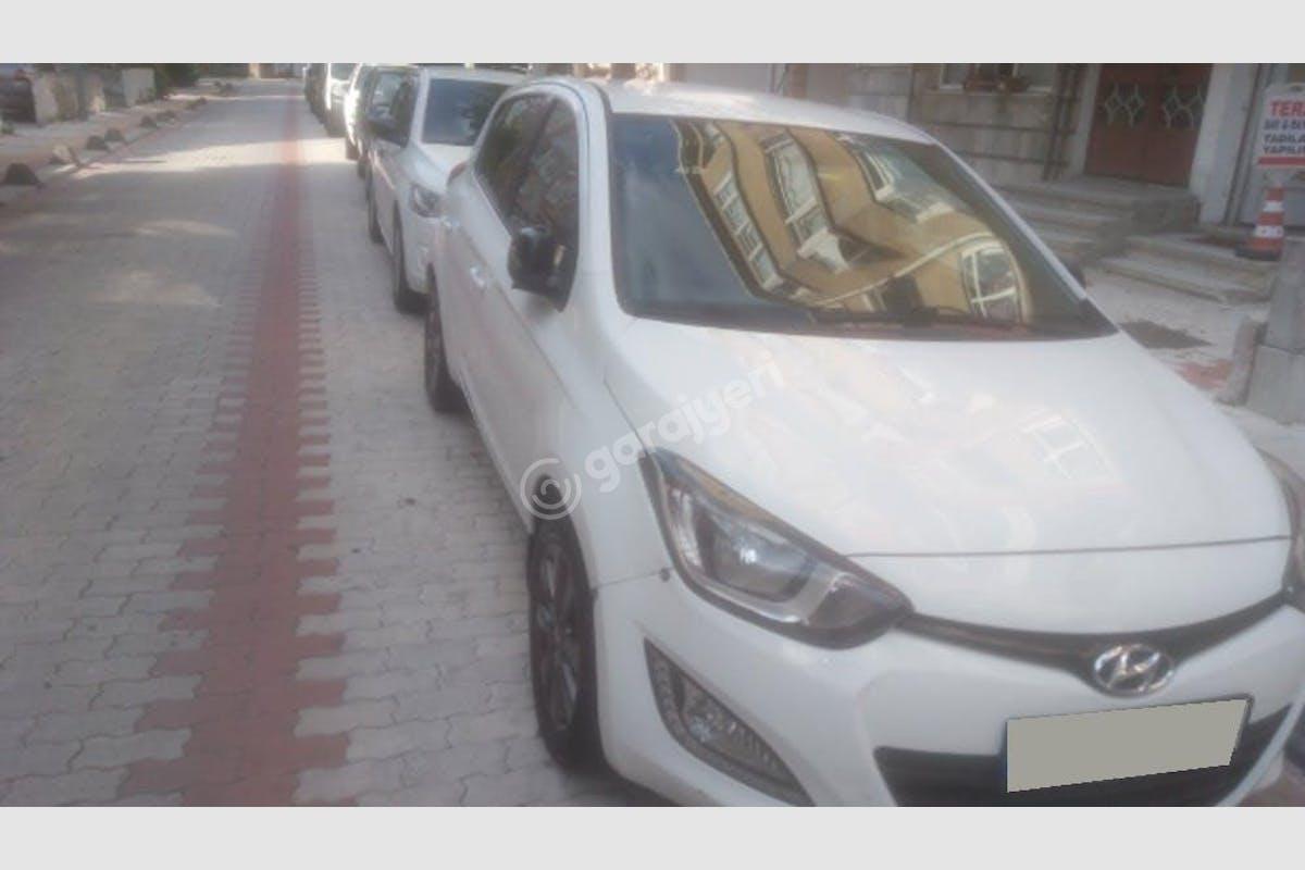 Hyundai i20 Bakırköy Kiralık Araç 1. Fotoğraf