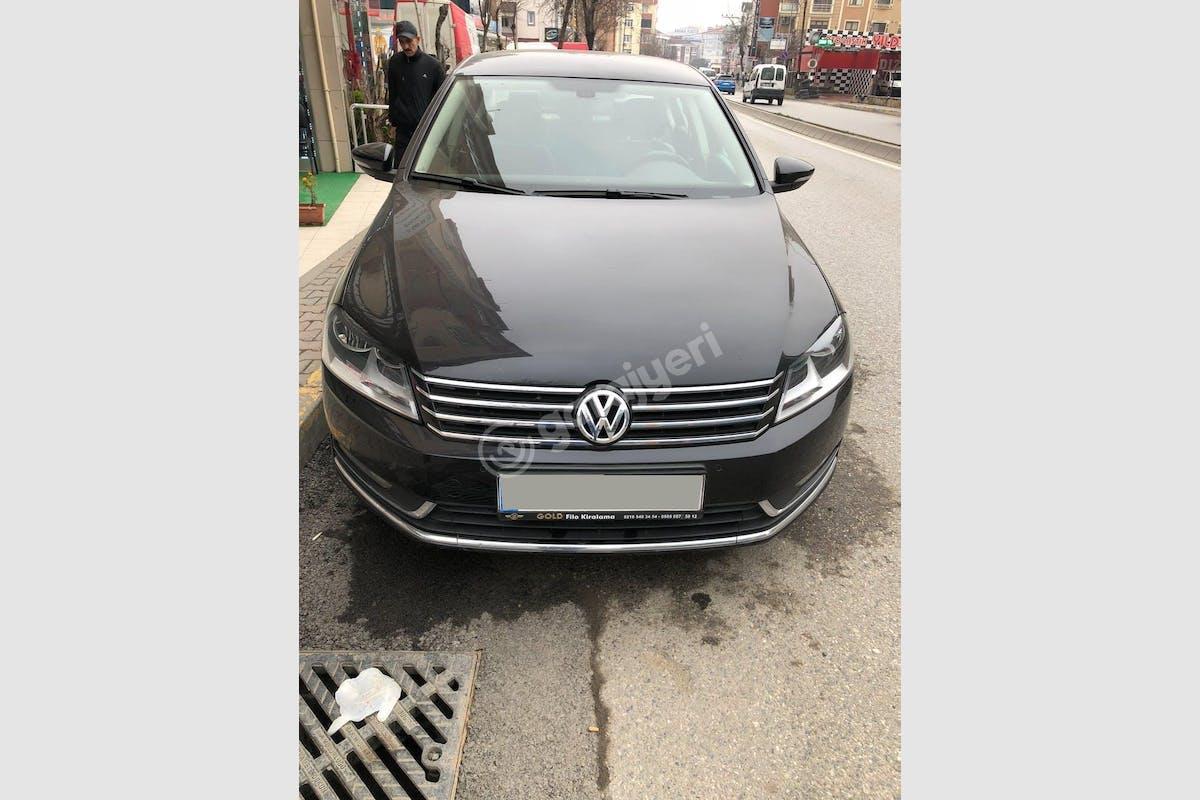 Volkswagen Passat Ümraniye Kiralık Araç 1. Fotoğraf