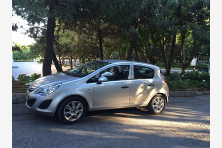 Kiralık Opel Corsa , İstanbul Sarıyer
