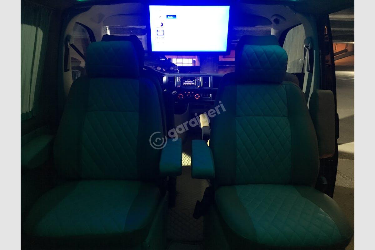 Volkswagen Transporter Merkez Kiralık Araç 2. Fotoğraf