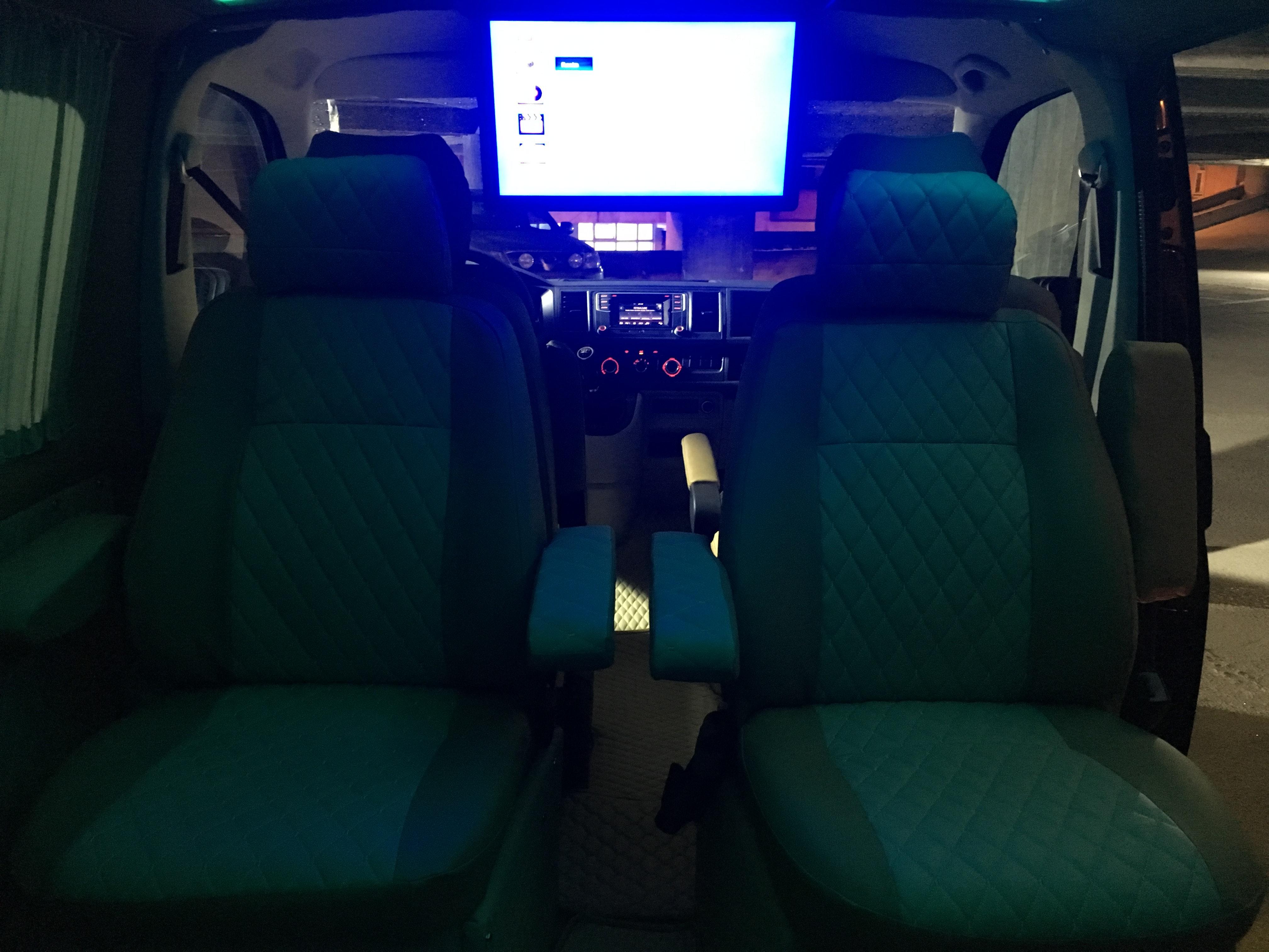 VOLKSWAGEN Transporter 2017 Model Dizel Manuel Vites Kiralik Araç - 8DED