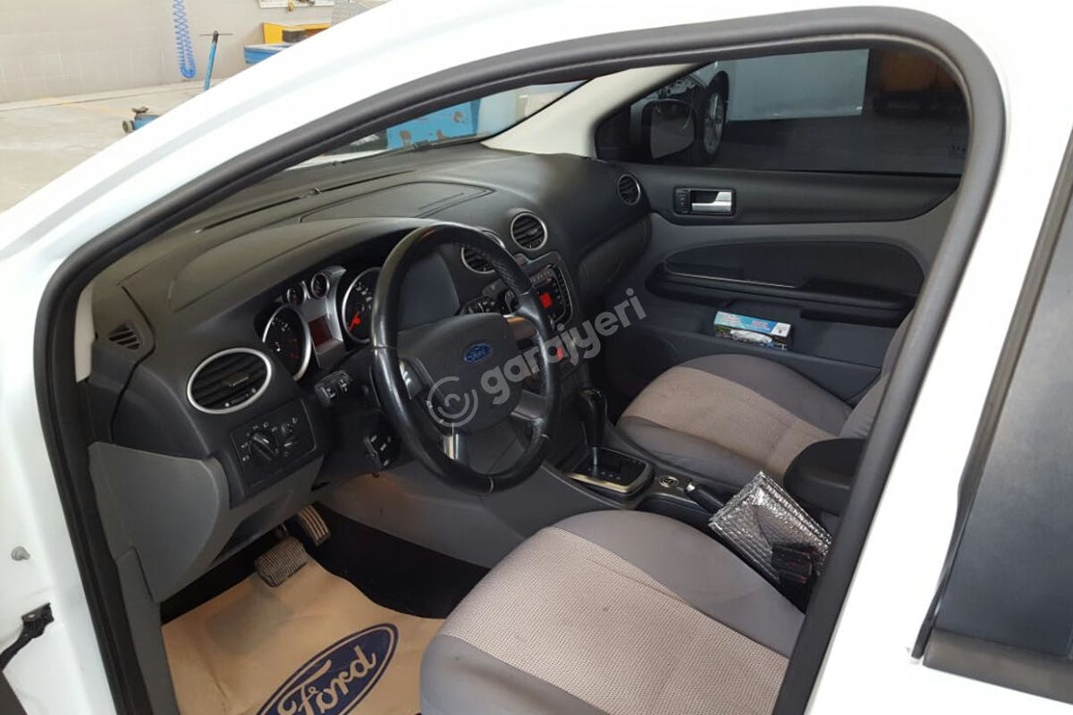 Ford Focus İzmit Kiralık Araç 3. Fotoğraf