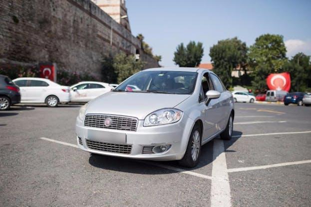 Fiat Linea Kiralık Araç