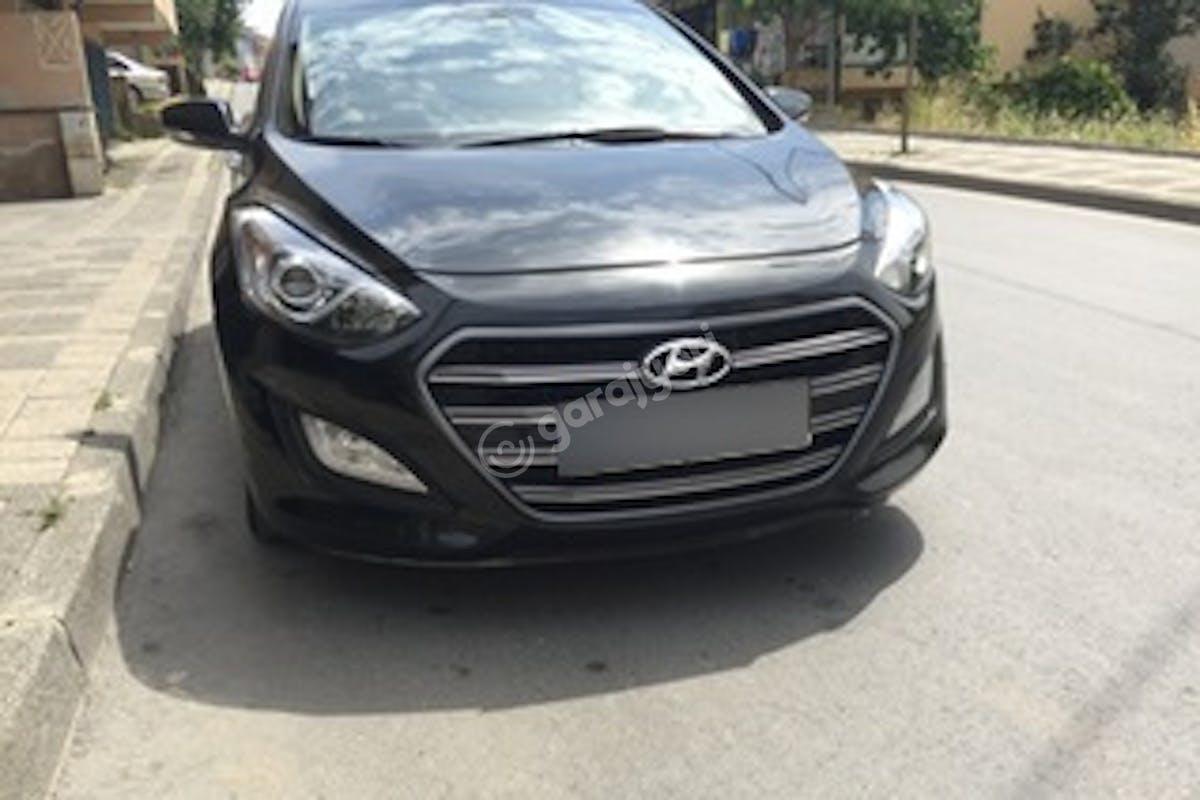 Hyundai i30 Ümraniye Kiralık Araç 1. Fotoğraf