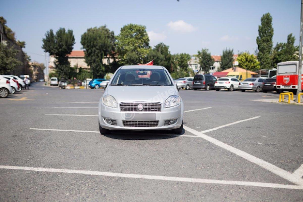 Fiat Linea Fatih Kiralık Araç 3. Fotoğraf
